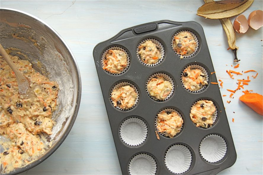 Sweet Eats: Healthy Carrot, Banana and Chocolate Chip Muffins