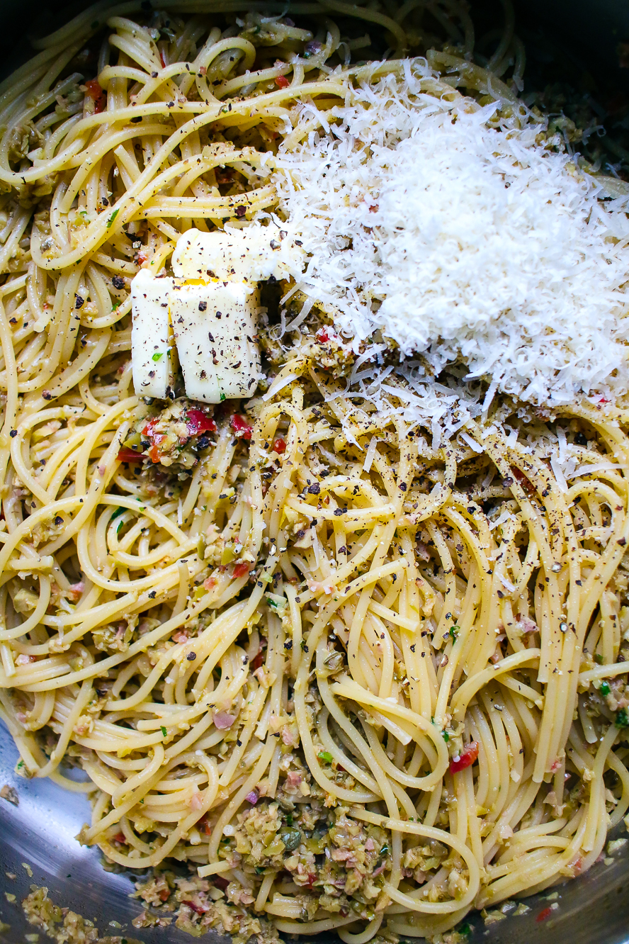 for the spaghetti 1 cook the pasta in heavily salted