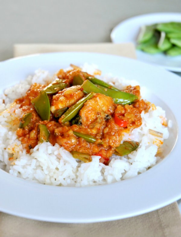 Slow Cooker Thai Curry with Basmati Rice and Snap Peas