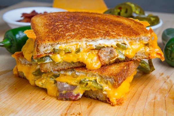 30 Irresistible Grilled Cheese Recipes | Food Network Canada