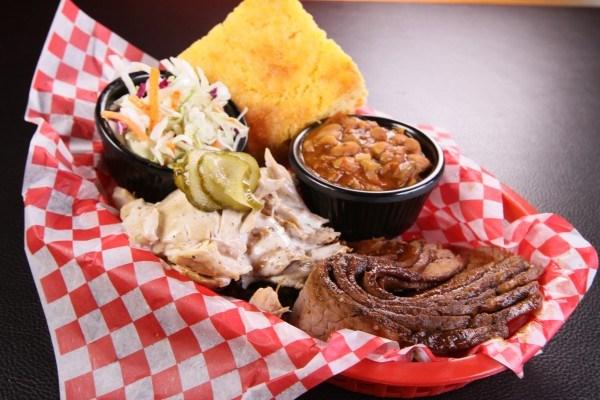 YGEH! Smokin' George's BBQ | Food Network Canada