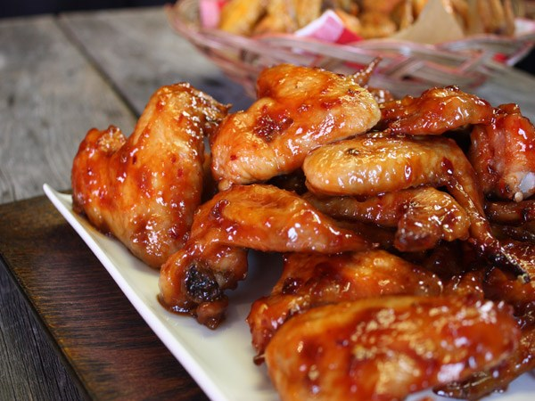 45 finger lickin 39 chicken wing recipes food network canada for Wings fish