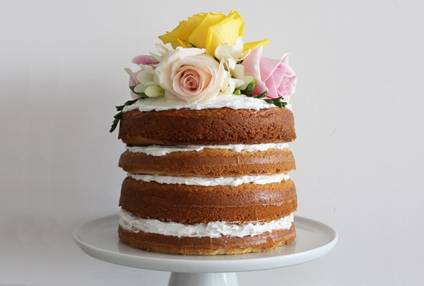 Cake Decorating Hacks : 8 Simple Cake Decorating Tricks You Need to Try Food ...