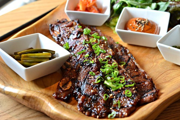 Galbi [Marinated Beef Short Ribs)