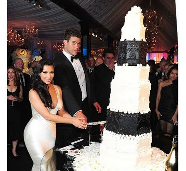 13 Most Insanely Expensive Celebrity Wedding Cakes