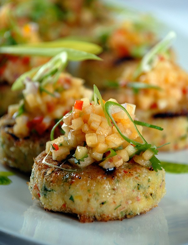Power Play Crab Cakes with Peach Salsa