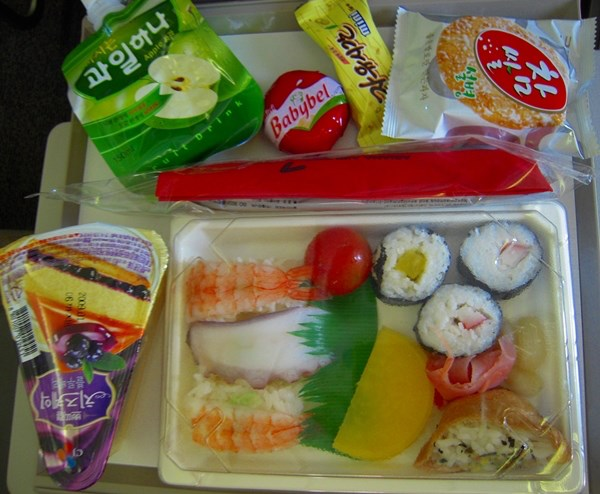 10 kids airline meals you ll want to eat food network canada