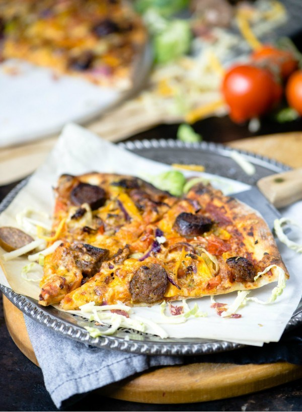 http://media.foodnetwork.ca/imageserve/wp-content/uploads/sites/6/2015/10/rustic-italian-pizza-e1443727493280/x.jpg