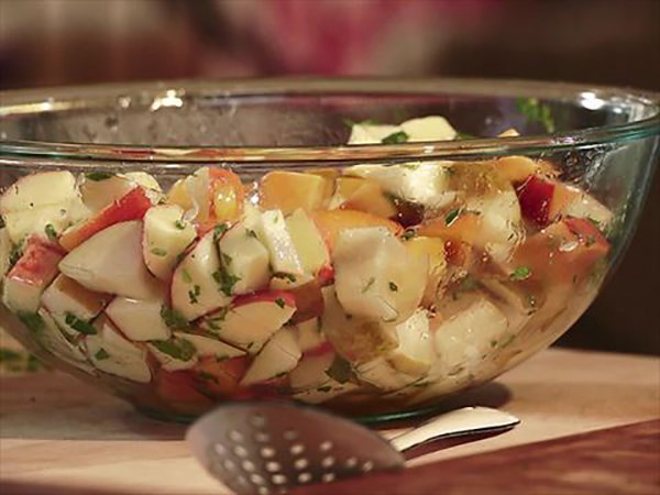 Apple and Pear Fruit Salad with Honey-Lime Vinaigrette