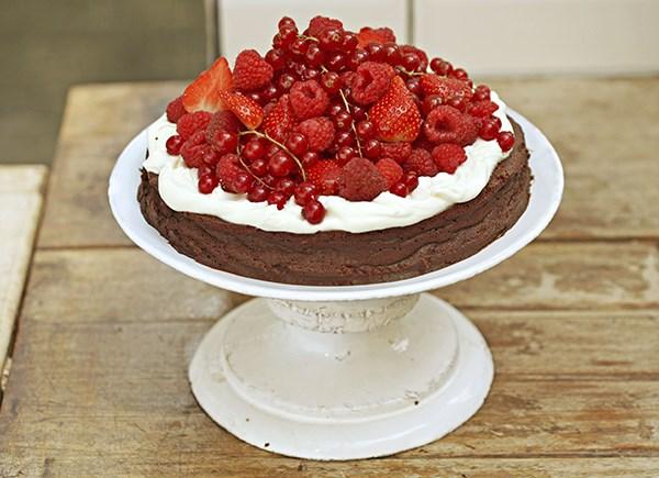 Flourless Chocolate Cake Anna Olson
