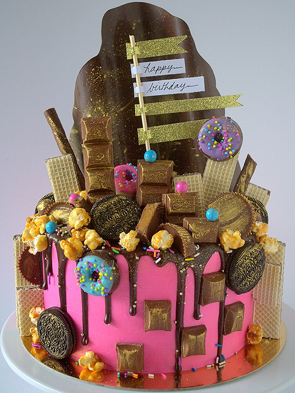 14 Extravagant Cakes By Canadian Bakers Food Network Canada