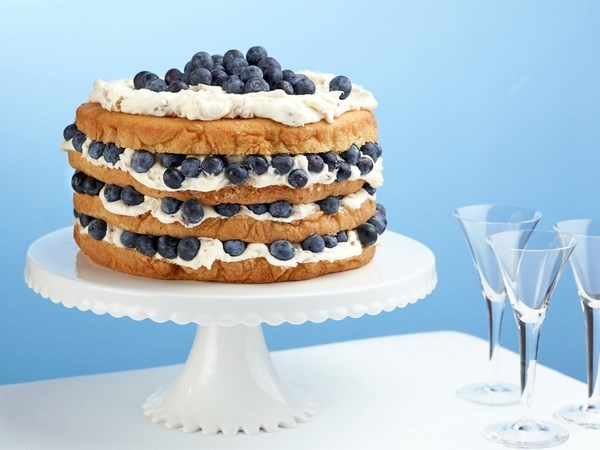 Italian Cream Cake with Blueberries