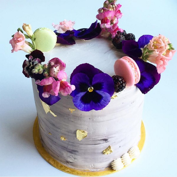 Cake Decorating Shows On Food Network : 5 Floral Cake Decorating Ideas Food Network Canada