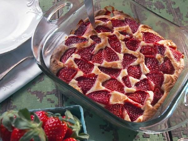 Strawberry Buckle with Vanilla Ice Cream