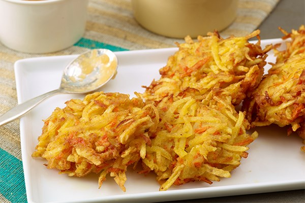 how to make latkes from mashed potatoes