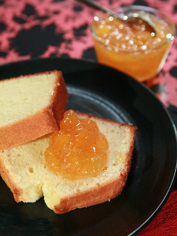 Vanilla Pound Cake with Peach Vanilla Freezer Jam