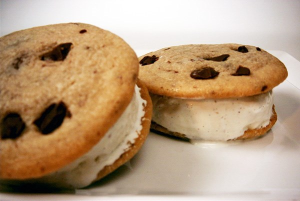 Cranberry and White Chocolate Oatmeal Cookie Ice Cream Sandwiches