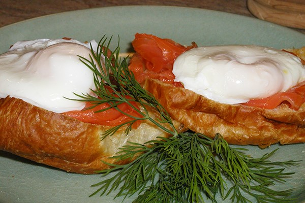 Smoked Salmon Eggs Benedict Food Network