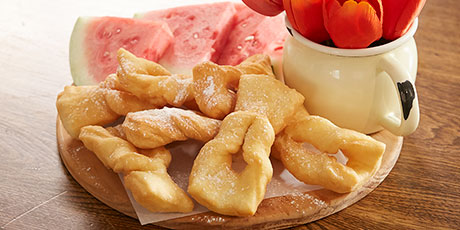 Roll kuchen recipes food network canada - Cuisine stormer kuchen ...