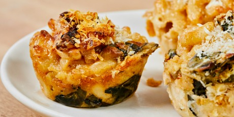 Kale Mac and Cheese Cups