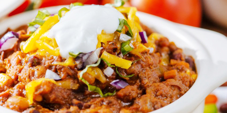 Super easy slow cooker chili recipes food network canada super easy slow cooker chili print recipe forumfinder Image collections