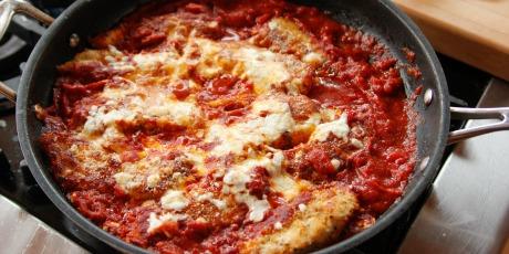 Lighter chicken parmesan recipes food network canada lighter chicken parmesan forumfinder Images