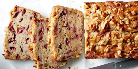 Strawberry banana bread recipes food network canada strawberry banana bread print recipe forumfinder Images