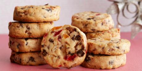 Fruitcake cookies recipes food network canada for Food network 50 bar cookie recipes
