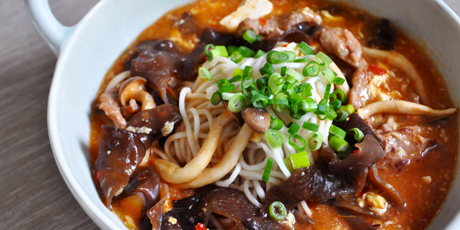 Easy Hot and Sour Soup with Shanghai Noodles