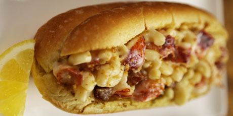 Mac & Cheese Lobster Roll