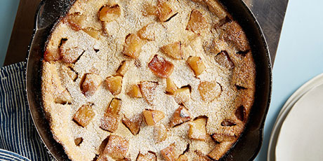 Whole-Grain Caramel Apple Oven Pancake