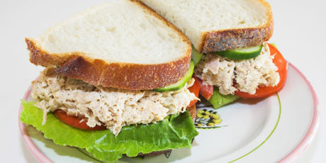 Apple-Cheddar Chicken Sandwiches