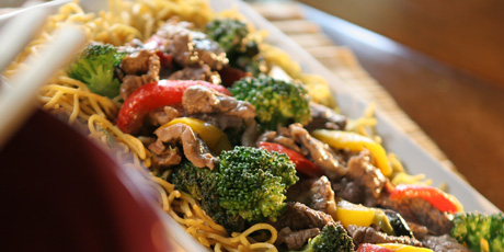 Beef Stir Fry With Chow Mein Noodles Recipes Food Network Canada