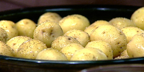 Boiled New Potatoes With Olive Oil And Coarse Salt Recipes Food Network Canada