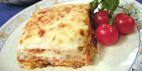 Bolognese lasagna recipes food network canada bolognese lasagna forumfinder Image collections