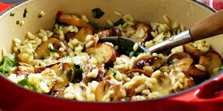 Campbells mushroom risotto recipes food network canada campbells mushroom risotto print recipe forumfinder Images