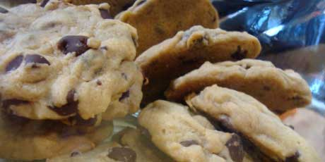 Chewy chocolate chip cookies recipes food network canada chewy chocolate chip cookies forumfinder Choice Image