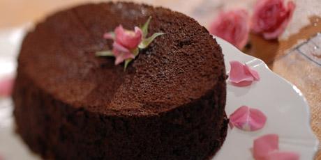 Easy chocolate cream cake recipe