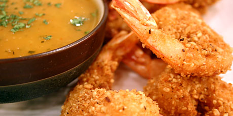 Crusted Shrimp with Coconut Red Curry Sauce