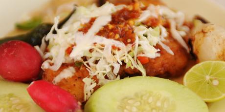 El rey 39 s fish tacos recipes food network canada for Food network fish tacos