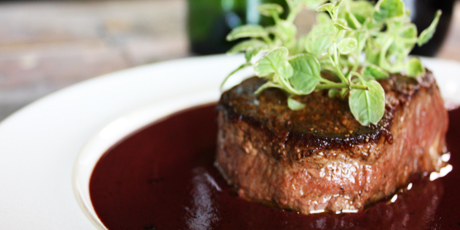 Filet Mignon with Creamy Red Wine Sauce