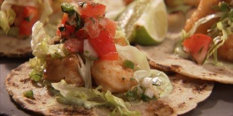 Chuck 39 s fish tacos recipes food network canada for Food network fish tacos