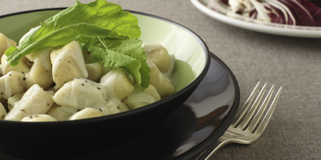 Gnocchi With Gorgonzola Sauce Recipes Food Network Canada