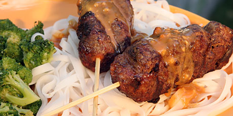 Hamburger on a Stick, Rice Noodles, Peanut Satay Sauce and Broccoli
