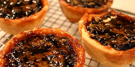 Maple Butter Tarts with Currants Recipes | Food Network Canada