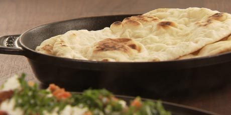 Naan bread recipes food network canada naan bread chuck hughes forumfinder Choice Image