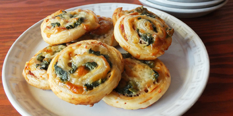 Prosciutto Spinach Party Wheels