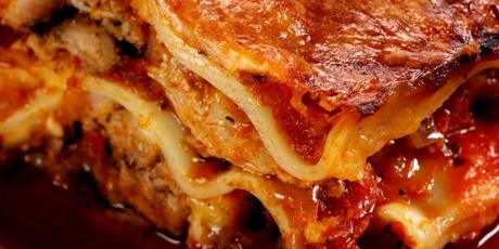 Pulled pork lasagne recipes food network canada pulled pork lasagne forumfinder Image collections