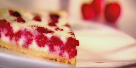 Raspberry and White Chocolate Pie