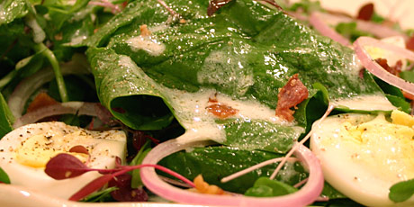 Spinach Salad with Sprouts and Buttermilk Dressing